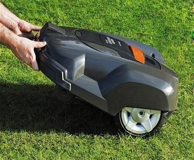 robot cordora pasto automatico