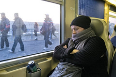 (Capannelle) Tags: train sleep can riposo commuter rest sonno treno lattina pendolari sfidephotoamatori vitadistradaromamor