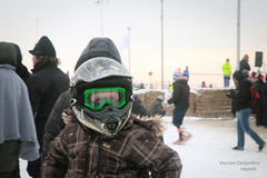 Enduropale : Northern Boys & Girls ((vincent desjardins)) Tags: boy france child canon5d enfant 2012 enduro pasdecalais cotedopale spectateur ef24105mmf4lisusm stellaplage enduropale helmetmoto