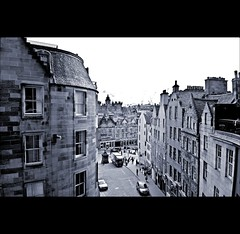 Edinburgh (joeri-c) Tags: city monochrome buildings scotland nikon edinburgh gimp nikkor oldtown grassmarket georgeheriotsschool digikam westbow 1685 coldfilter d5000 1685mm nikkor1685 nikkor1685mm saariysqualitypictures nikond5000