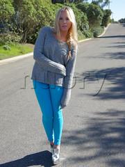 How To Wear Blue Colored Skinnies 2 (2) (Nubry) Tags: blue fashion bloggers colored bone rag skinnies jeggings nubry