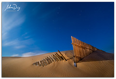0-fences (alonsodr) Tags: lighting longexposure nightphotography beach night noche andaluca seascapes nocturnal sony playa torch nocturna alpha cdiz alonso tarifa marinas carlzeiss linterna iluminacin largaexposicin puntapaloma a900 alonsodr fotografanocturna alonsodaz alpha900 cz1635mm