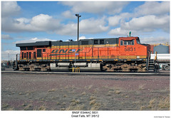 BNSF ES44AC 5831 (Robert W. Thomson) Tags: railroad train montana diesel greatfalls railway trains locomotive trainengine ge bnsf burlingtonnorthernsantafe gevo es44ac es44 evolutionseries sixaxle
