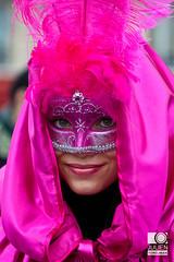 Carnaval Vénitien 2012 (neoweb001 | www.julientordjman.fr) Tags: portrait woman paris france canon geotagged costume dof femme carnaval bp venise fille 2012 masque pdc plume balade parisienne carnavalvénitien 450d julientordjman geo:lat=4885285600 geo:lon=235273600