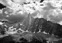 Aiguille du Dru (R.Duran) Tags: bw mountain france blancoynegro clouds nikon europa europe bn montaa chamonix francia nube d300 18200mmf3556gvr ltytr1 montoblanc