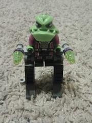 Alien walker (sereboats) Tags: alien conquest legomoc