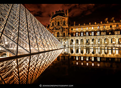 Louvre Night View Paris (Edwinjones) Tags: light paris france reflection museum night lights nightshot pyramid louvre sony muse hdr palaisdulouvre pars thelouvre photomatix musedulouvre louvermuseum