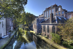 "Oude Gracht • <a style=""font-size:0.8em;"" href=""http://www.flickr.com/photos/45090765@N05/7153113961/"" target=""_blank"">View on Flickr</a>"