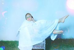 ~Jenniré Narváez (TheJennire) Tags: camera light portrait people cold texture film feet luz me nature girl face grass night self canon pose garden hair cores photography noche photo eyes colours foto body dream young makeup atmosphere poetic colores lips teen grama jardim cheeks flare noite moment fotografia frío camara cabelo pelo cabello tumblr