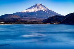 2016 January Fuji (shinichiro*_back) Tags: 20160125sdim0303 2016 crazyshin sigmasd1merrill sd1m sigma18300mmf3563dcmacrooshsm fuji daylight  yamanashi japan january winter snow  lakemotosu candidate