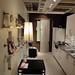 イケアの家具を使用した2人用狭小ダイニングキッチンの写真