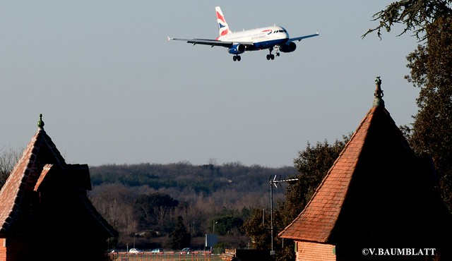 British Airways landing tls