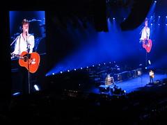 Konzert Paul McCartney ( Beatles ) im Hallenstadion in Zrich in der Schweiz (chrchr_75) Tags: show music paul schweiz switzerland concert tour suisse swiss concierto run concerto beatle beatles musik christoph sir svizzera konzert mccartney mrz konsert 2012 1203 on suissa hallenstadion konzerte chrigu kantonzrich chrchr hurni chrchr75 chriguhurni albumkonzerte switzerlaland mrz2012 hurni120326 chriguhurnibluemailch albumzzz201203mrz