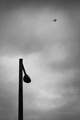 nagypéntek (ODPictures Art Studio LTD - Hungary) Tags: city white black lamp silhouette plane canon eos budapest 85mm minimal magyar aero hungarian város fekete fehér 60d orbandomonkoshu