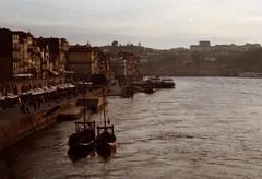 19 (volkova_anna) Tags: film portugal porto pentaxmz5n
