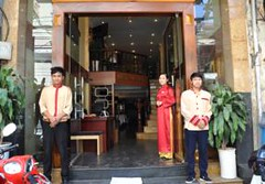 Newstarhotelhanoi.alt (hanoitouronline) Tags: halongbaytours traveltohanoi bookflightticket sapatrekkingtours booktrainticket hanoitoursinformation halongbayonalovacruises ninhbinhecotours hanoionedaytours halongbayonedaytours vietnamhoneymoontours hanoigolftours hanoivillagestours rentthecars