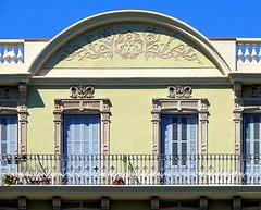 Barcelona - Tamarit 109 c (Arnim Schulz) Tags: barcelona espaa art window architecture liberty ventana spain arquitectura arte fenster kunst catalonia finestra artnouveau gaud architektur catalunya espagne fentre modernismo catalua spanien modernisme jugendstil espanya katalonien stilefloreale belleepoque baukunst