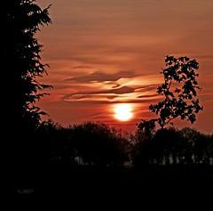 ochtend van de begrafenis (harrietvisser) Tags: zon afsluitdijk ondergaande enz