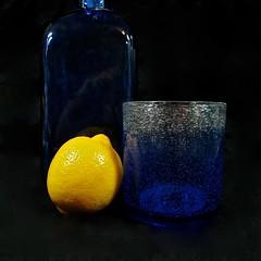 a lemon (muffett68 ) Tags: stilllife yellow fruit lemon 20 ansh 365d scavenger10 114picsin2014 for412