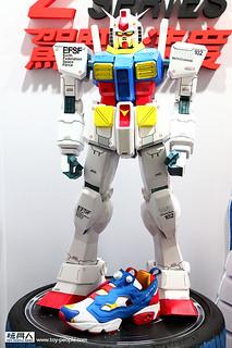【新增實品圖片】Reebok × 機動戰士鋼彈 聯名款式Reebok Pump Fury OG