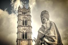 emozioni storiche (eliobuscemi) Tags: palermo statua sicilia cattedrale prospettiva