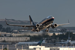 Aeromexico Boeing 737-700 N842AM (atcogl - ATC @ YYZ) Tags: morning usa america airplane dawn am unitedstates florida miami aircraft aviation jet aeroplane mia boeing flugzeug takeoff amx airliner avion 737 aeromexico b737 737700 skyteam kmia n842am 737700w