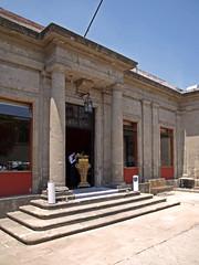 Centro Histrico: calles de Bolvar, Isabel la Catlica e Izazaga (Guilgeopat) Tags: de la selva negra marquesa