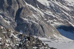 Konkordiahütte des SAC über dem Konkordiaplatz im Kanton Wallis / Valais in der Schweiz (chrchr_75) Tags: hurni christoph schweiz suisse switzerland svizzera suissa swiss kantonbern chrchr chrchr75 chrigu chriguhurni 1203 märz 2012 hurni120301 jungfraujoch top europe world heritage alpen alps berge mountains grenze kanton bern wallis valais chriguhurnibluemailch märz2012 albumzzz201203märz guggihütte sac berner oberland berneroberland schutzhütte hütte hutte cabane capanna hut alpenhütte alp albumsachüttenderschweiz albumalpenhüttenderschweiz gebäude kota tóchar 屋 cabana choza