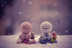 Buddies (Fabio Sabatini) Tags: snow smile sunshine toys snowflakes japanese buddy tomy nohohon
