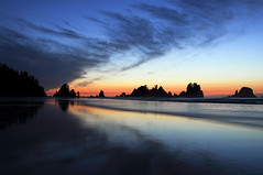 Nightfall at Point of the Arches (David M Hogan) Tags: sunset reflection beach landscape coast washington nationalpark pacificocean olympicnationalpark seastack shishibeach pointofthearches