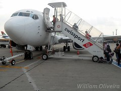 PR-WJA (William Oliveira.) Tags: brazil beautiful linhas brasil plane airplane fly flying flickr photographer interior aircraft aviation wing young picture plan dia cielo boeing paulo avio aviao flugzeug avin brasileiro so aereo brasile tarde avion area aviao voar brsil guarulhos gru  b737 aviacin flug aviacion  luftfahrt areas aereas   aviaao aviacao youngphotographers 737300 aeronave economicas swissport laviation  luftfart webjet  sbgr dzlem prwja  aviaco   wc