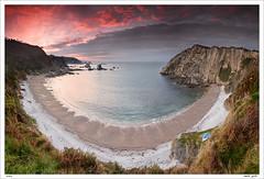 Playa del Silencio (Roberto Graa) Tags: sea seascape marina mar asturias playa paisaje cudillero acantilado playadelsilencio gavieru