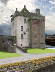 """Broughty Ferry Castle • <a style=""""font-size:0.8em;"""" href=""""http://www.flickr.com/photos/53908815@N02/6989361865/"""" target=""""_blank"""">View on Flickr</a>"""