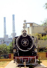 Indian Train (Vrajeshjani) Tags: train locomotive railways ahmedabad indianrailways sabarmati indiantrain amdavad westernrailways suburbanrail shantidoot  westernzone   dmutrain bhratyarail  shantidut fourthlargestrailwaynetwork    broadmetreandnarrowgauge