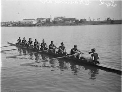 Sydney Grammar School's eight-oar-crew, Putney, Sydney, ca. 1932 / photographer Sam Hood (State Library of New South Wales collection) Tags: water sydney shell australia row nsw cox rowing oar putney firsteight parramattariver grammerschool