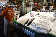 Pike Place Fish Market 2 (17) (Tommy Hjort) Tags: seattle travel usa fish market pikeplacemarket fishmarket fisk marknad