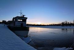 Pielisjoki @ Joensuu City (juusho) Tags: blue winter sunset snow ice finland river boat joensuu pielisjoki