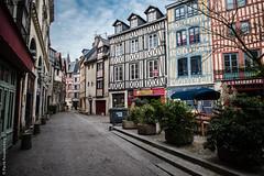 Rouen - vieille ville (Pierre Fauquemberg) Tags: rouen normandie historique colombages vieilleville mdival hautenormandie pierrefauquemberg