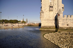 Belm - Torre in acqua (Celeste Messina) Tags: reflection tower water river torre lisboa lisbon fiume unesco mura acqua tejo lisbona riflesso tago riotejo fortificazione belm stilemanuelino belmtower torredibelm