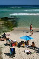 Praia do Arpoador - Arpoador Beach (adelaidephotos) Tags: morning autumn sea brazil people fall praia beach rio brasil riodejaneiro mar pessoas gente sunny outono sunbathers arpoador manh banhistas ensolarado mariaadelaidesilva