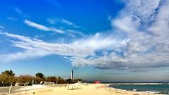 """Playa"" (atempviatja) Tags: mar playa paisaje cielo nubes urbano"