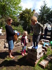DSCN3176 (joonseviltwin) Tags: birthday party garden community cardiff mackintosh roat