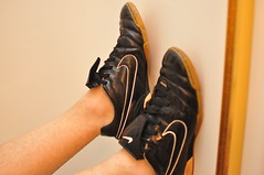 DSC_7746 (jakewolf21) Tags: wet water bath shoes natural boots soccer nike ii tiempo shoeplay