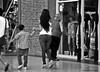 Feline, feminine / Felina, femenina (Claudio.Ar) Tags: street city people woman santafe topf25 argentina calle mujer feminine candid sony ciudad dsc h9 claudioar claudiomufarrege famenina