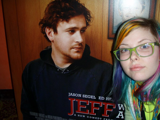 Jason Segel is looking at me!! *squeel* =D