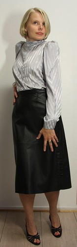 Granny leather skirt