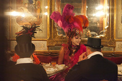 Carnaval de Venise 2012 (hubertguyon) Tags: city carnival venice italy costume europa europe italia mask disguise carnaval venise carnevale venezia italie ville masque déguisement