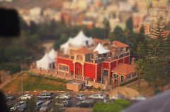Tilt Shift (Fatimah Alzwyed .. Instagram:fatimahalzwyed) Tags: nikon flickr shift  tilt   7000    anin          d7000   pasmat