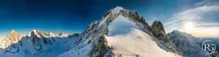 Panorama sur l'Aiguille Verte - 4122m. Massif du Mont Blanc