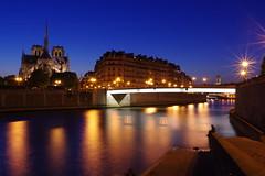 Notre-Dame de Paris at the blue hour with a long exposure